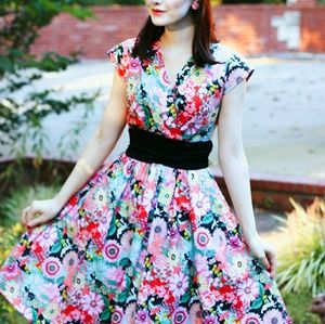 Retrolicious Alice in Wonderland Dress 4X